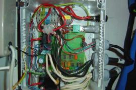 Water maker wiring: © Aviva Challenge -