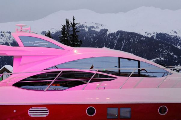 Azimut 43S in the arrival area of France's acclaimed Courchevel 1850 ski ...