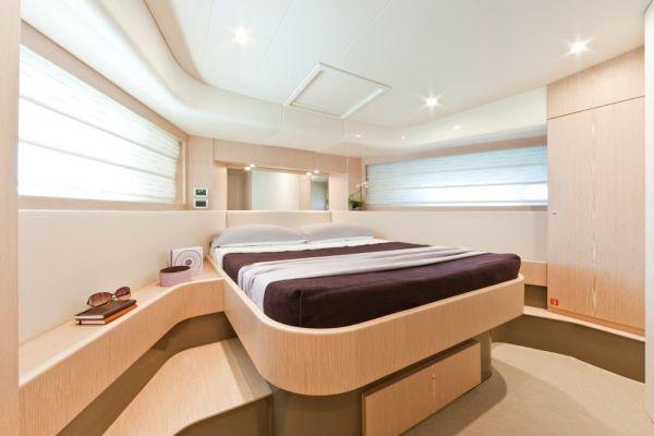 Ferretti 620 VIP Cabin
