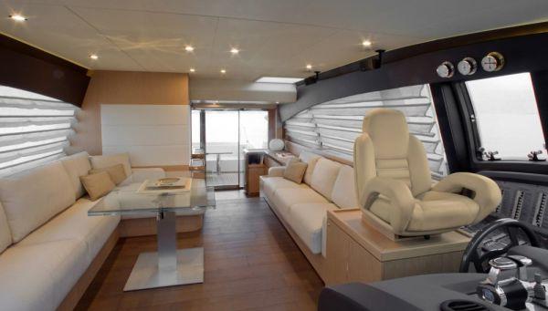 Ferretti 620 Main Deck
