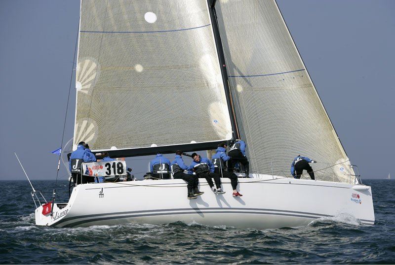 DLM : It is clear our two leading boats are the J122 and the J80, ...
